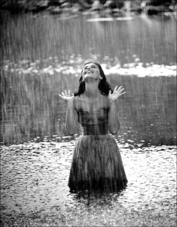 wet-in-rain